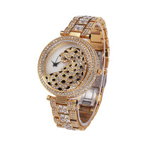 Women Brand Watch 2017 New Fashion Style Quartz Watch Top Luxury Gold Ladies Wrist Watch Female