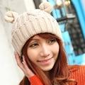 Bonito cânhamo flores Flanging trançado mulheres inverno quente Beanie chifres Cat Ear Handmade Crochet Knit Cap Ski Hat Skullies