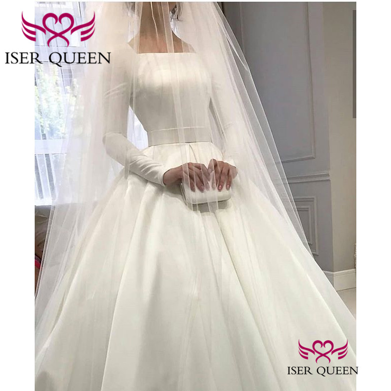 Elegant Pure White Ball Gown Lustrous Satin Wedding Dresses 2020 Arab Fashion Bride Vestidos De Gala Long Sleeves A-line W0531