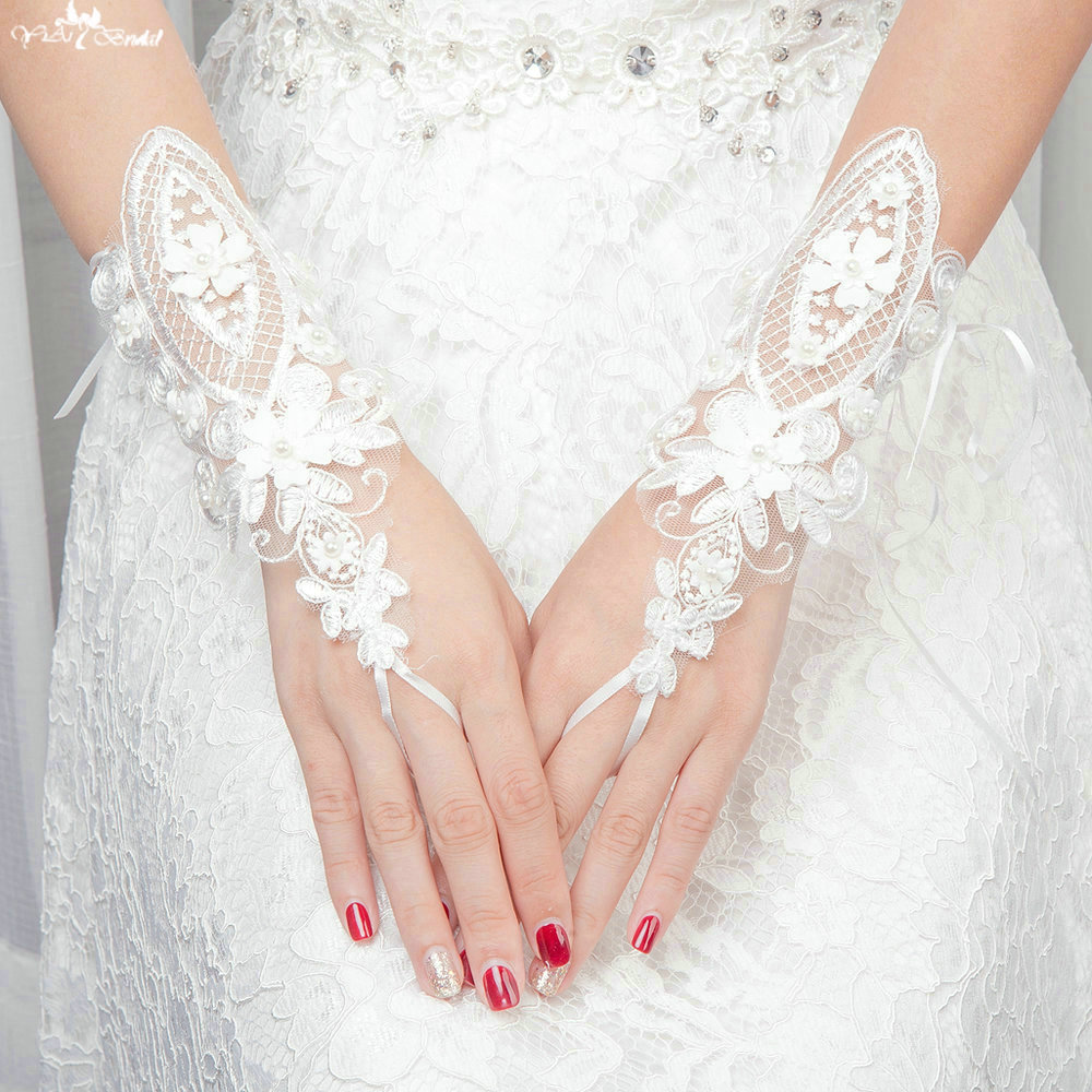 TA143 Applqiue 3D Flowers with Pearls Fingerless Gloves Wedding Gloves