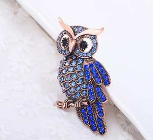 JQUEEN Women's Men's Rhinestone Brooch badge Accessories