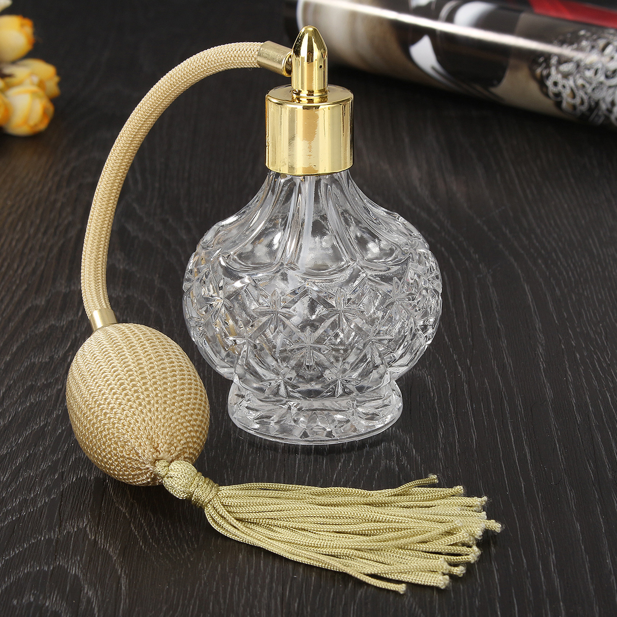 80ml Clear Crystal Vintage Empty Perfume Spray Bottle With Long Tassels Perfume Atomizer Pump Refillable Glass Bottles Lady Gift80ml Clear Crystal Vintage Empty Perfume Spray Bottle With Long Tassels Perfume Atomizer Pump Refillable Glass Bottles Lady Gift