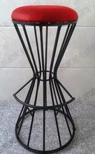Барный стул. Скандинавская линия стул искусство стул высоком табурете..