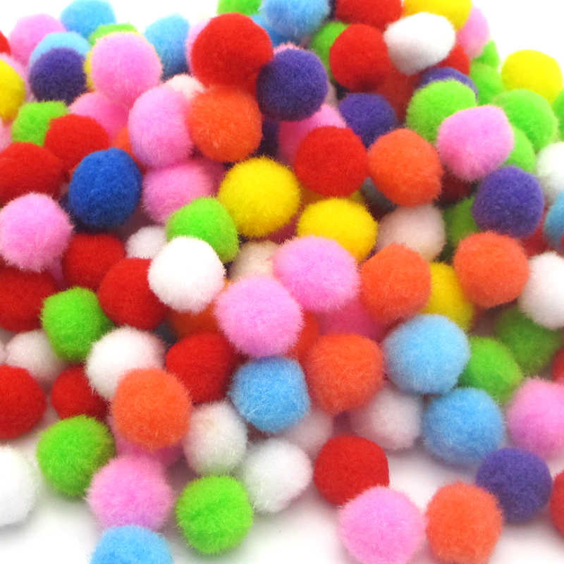 ขนาดสีสัน Pompoms DIY ตุ๊กตาเสื้อผ้า Handmade วัสดุนุ่มนุ่ม Pom Pom Ball สำหรับ DIY ของเล่นเด็กอุปกรณ์เสริม J0602