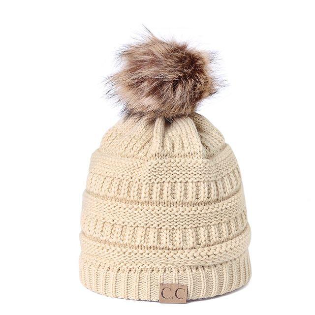CC de punto de invierno sombrero 2018 de moda de punto sombreros negros  otoño sombrero grueso 41710e2af2e