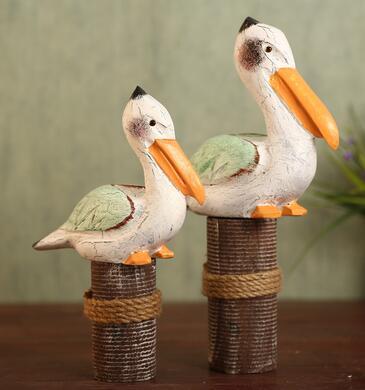 Moderní jednoduchý skandinávský kreativní domácí dekorační umělecký pták je vyzdoben americkým stolem pro zvířata