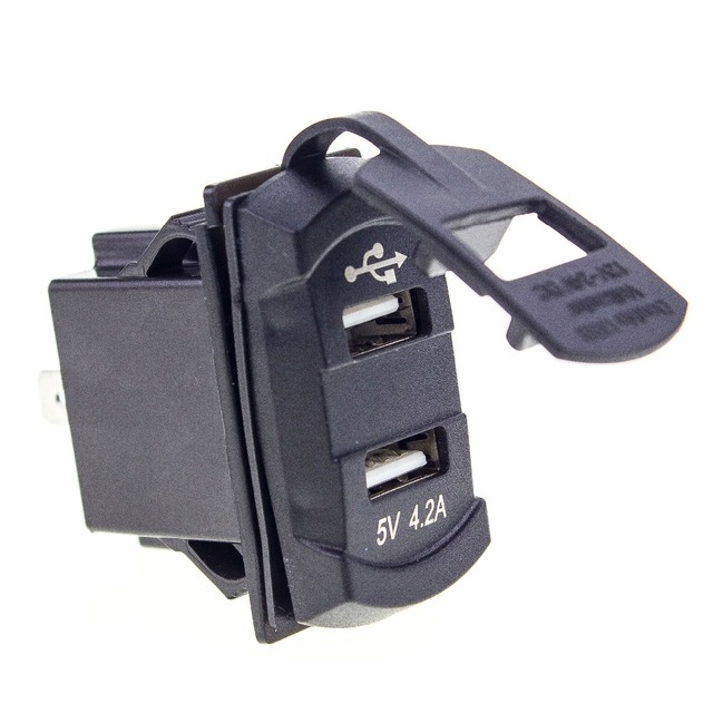 4.2A Carregador de Carro Dual USB Do Telefone À Prova D' Água Tomada Roqueiro Estilo LED Voltage Meter Voltímetro Para Motocicleta Barco Do Caminhão Do Carro