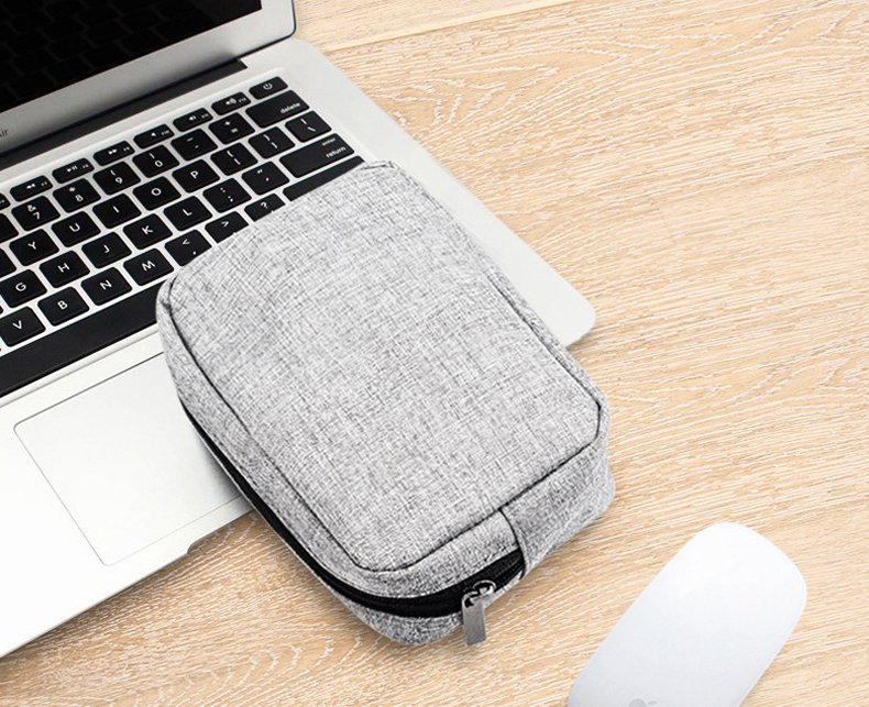 8 bag for earphones