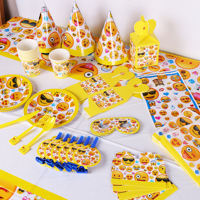141pcs Emoji Theme Kids Birthday Party Decorate Supplies Decoration Tableware Set Tablecloth Plate Gift Bags Flags Caps