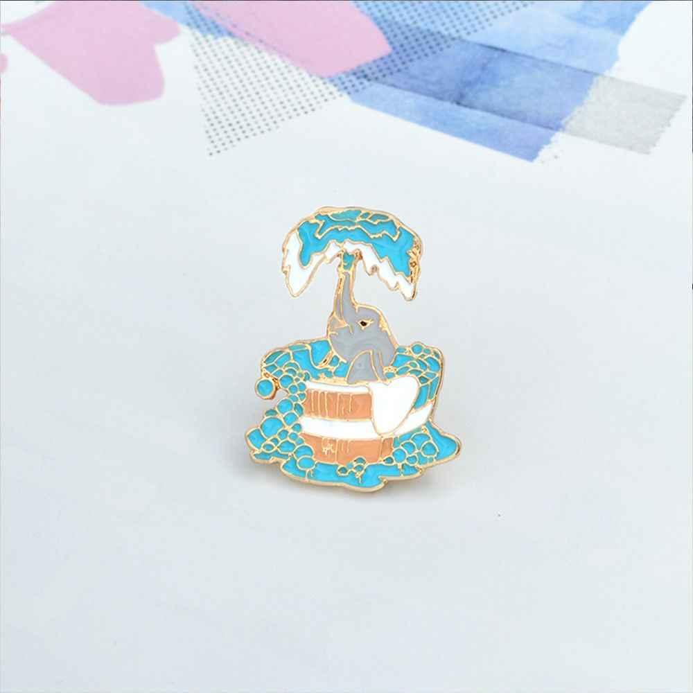 1 pc Lucu Paduan Sedikit Gajah Mandi Enamel Bros Biru Ikon Hewan Bros untuk Wanita Jaket Kemeja Ransel Pin