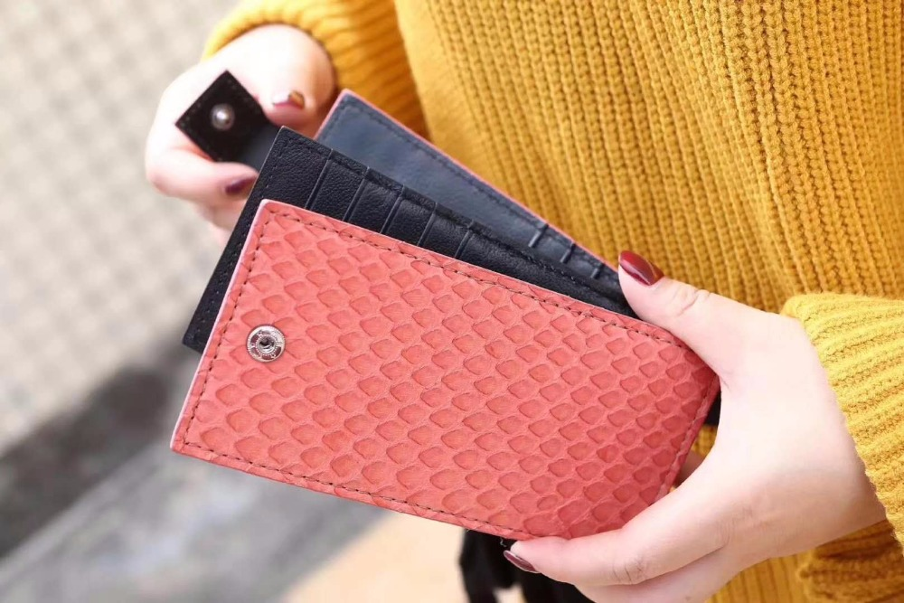 100% Genuine Real python snake skin leather bank credit card license case holder button closure ID card holder case free ship never leather badge holder business card holder neck lanyards for id cards waterproof antimagnetic card sets school supplies