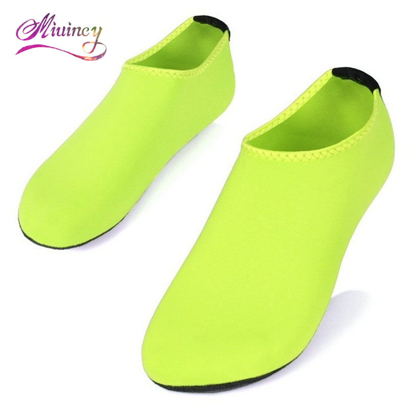 2017 Summer New Chaussure Femme Women Water Shoes Aqua Slippers for Beach Slip On Waterpark Sandals Sandalias Mujer  poadisfoo 2017 new summer style slip on women sandals flats for women black white color slippers shoes women hykl 1603