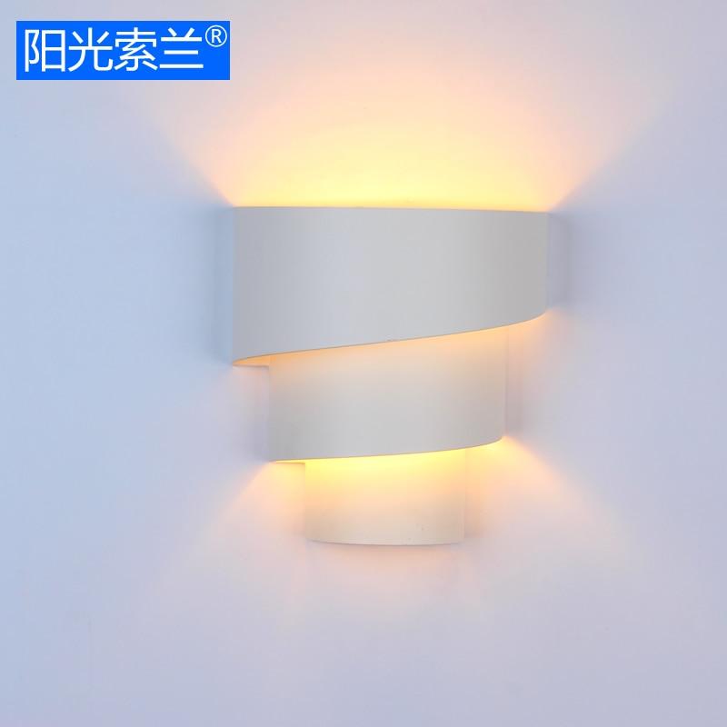 Современный простой освещения художественный металл настенный светильник белый роспись для гостиной кабинет офиса Спальня Коридор E27 настенный светильник