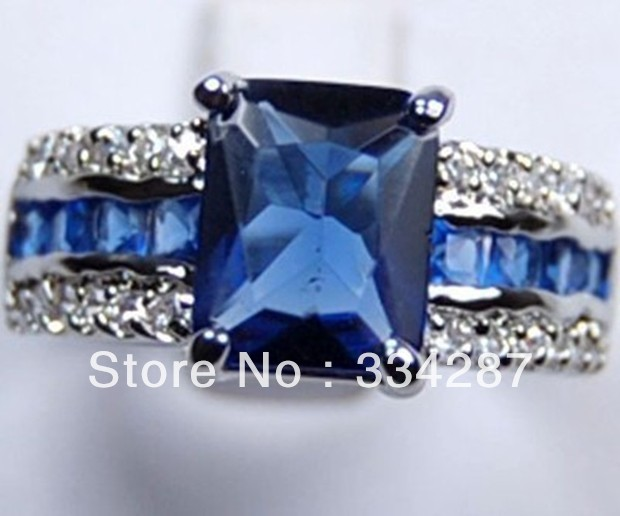 Noble and beautiful blue crystal ring size :7 8 9