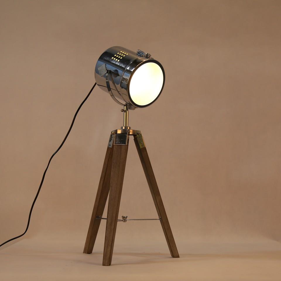 Retro Royal Wood tripod Table Search Light Lantern,Bronze led desk light flexible led desk light bar 8