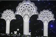 Creative carved wedding supplies PVC lace fan-shaped arch props wholesale new decoration layout