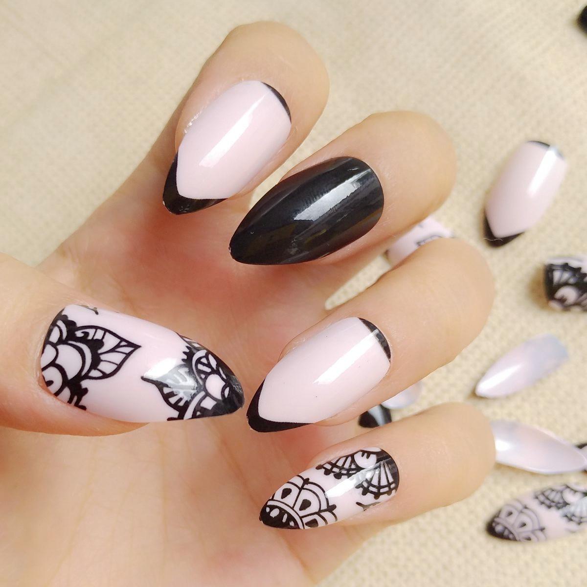 24Pcs Shiny Black Fake Nail Short Stiletto Nails Natural French ...