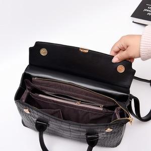 Image 3 - 2019 New Female Handbag Cayman PU Leather Women Shoulder Bag Big Luxury Brand Summer Ladies Large Capacity Casual Totes Hand bag