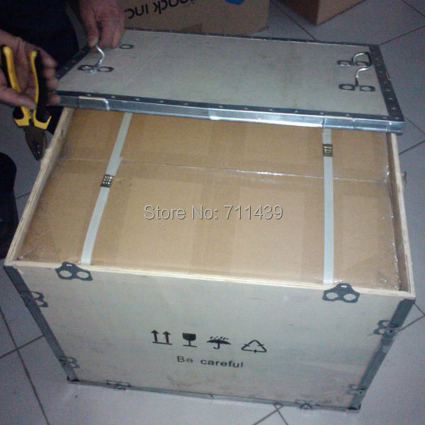 plywoodcase packing 2.jpg