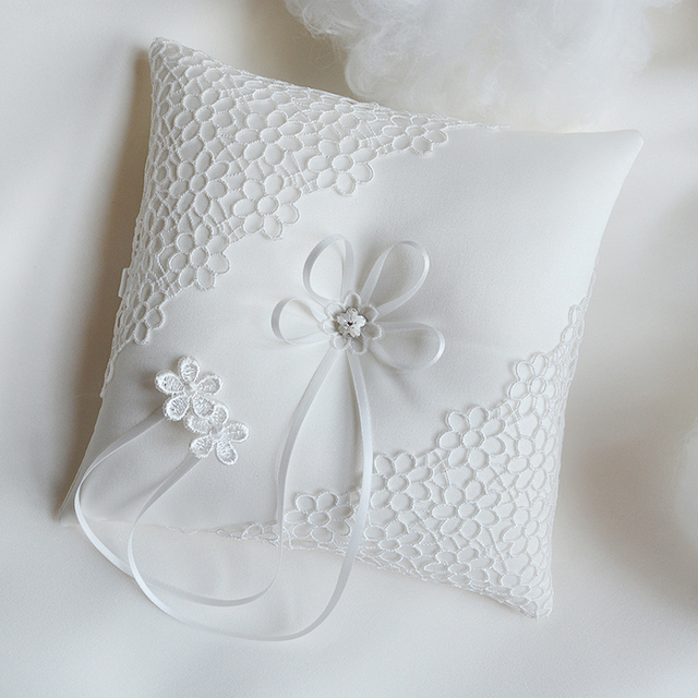 New Top Quality Wedding Ring Pillow Hollow out flowers bride Flower ...