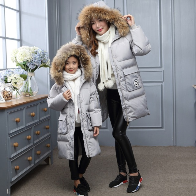 Family fitted!Winter Girl's jackets/coats Childrens down Coats with real fur Girls/Mom thick duck down Warm Outerwears jackets