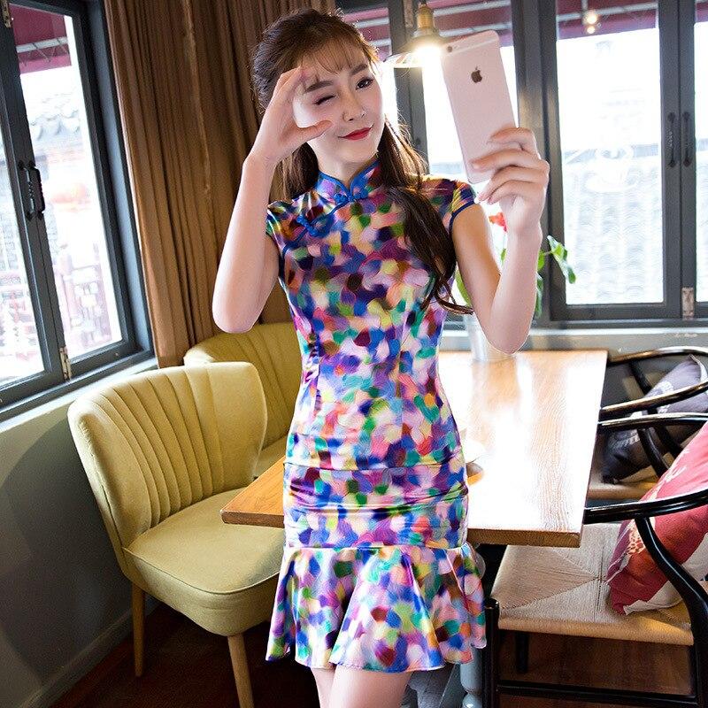 b3356bc293b2a Mode lait soie Cheongsam quotidien moderne Qipao chinois Robe  traditionnelle Robe Chinoise Femme Style Oriental robes Vestidos dans  Cheongsams de Nouveauté ...