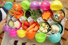 30pcs Small Size 5.9X4.2cm Colorful Easter Eggs Boxes Plastic Holders Colors Mixed Brand new