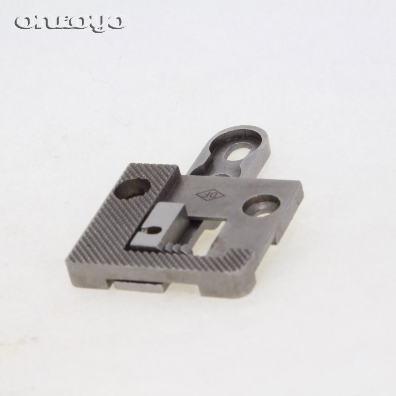 SEWING MACHINE SPARE PARTS & ACCESSORIES For PFAFF 335 needle plate and feed dog 335062+335063/L6050-0A+L6051-0A(China)
