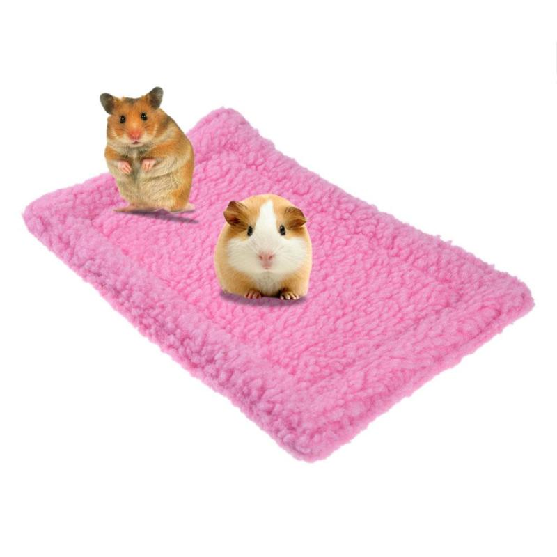 Soft Fleece Hamster Mat Plush Pet Hamster Cushion Mat Hedgehog Squirrel Warm Blanket Guinea Pig Bed Sleeping Bed