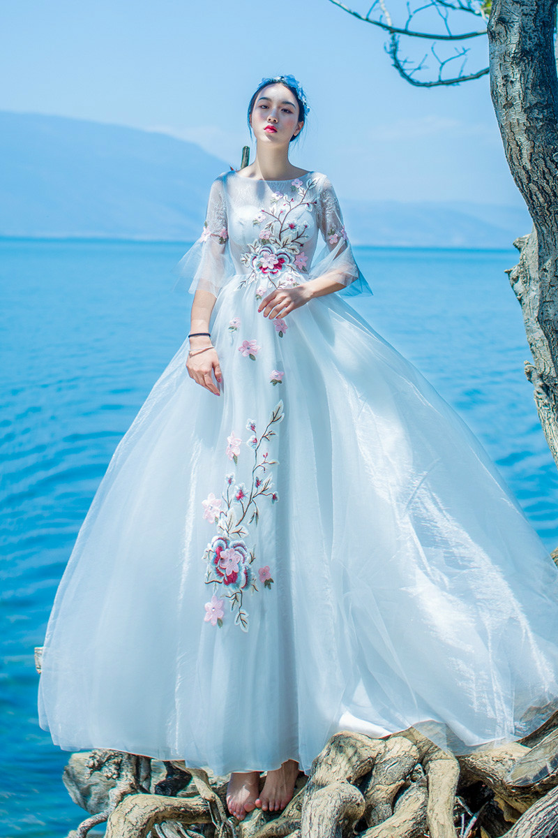 Amazing Short Wedding Dress Sale Embellishment - All Wedding Dresses ...