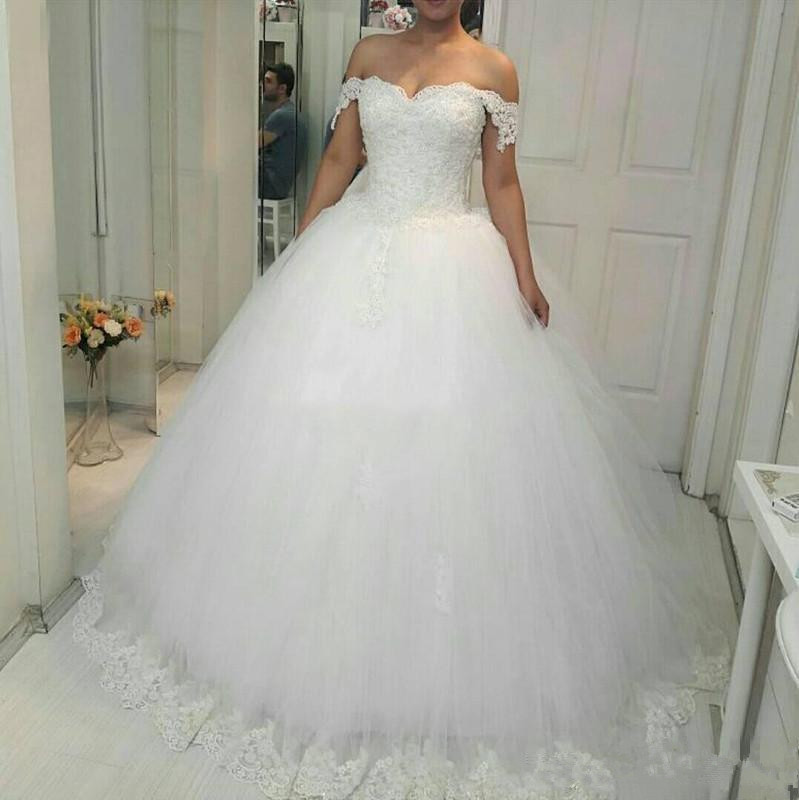 2019 Off Shoulder Ball Gowns Princess Lace Wedding Dresses Sweetheart Appliques Beaded Wedding Gowns Puffy Lace