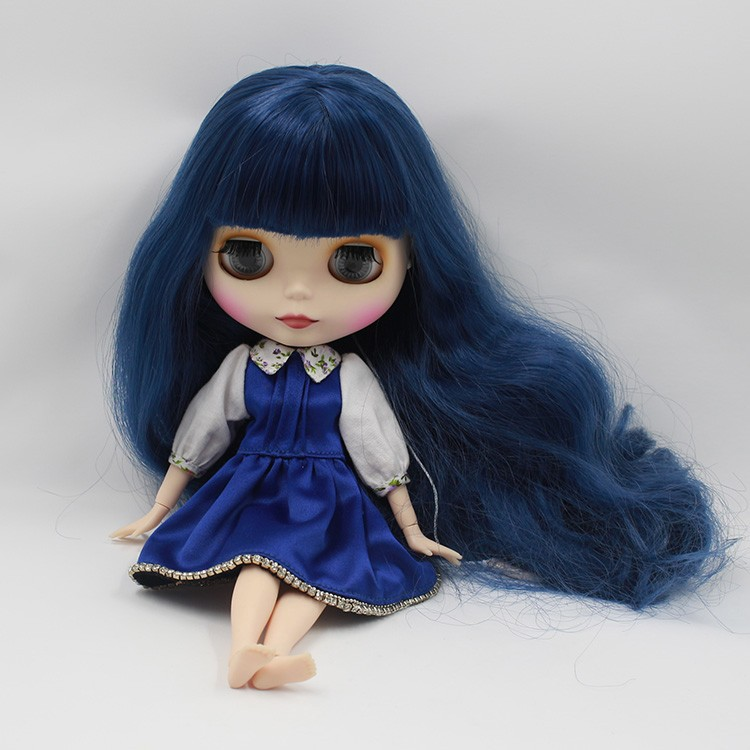 Neo Blythe Doll with Blue Hair, White Skin, Matte Face & Jointed Body 4