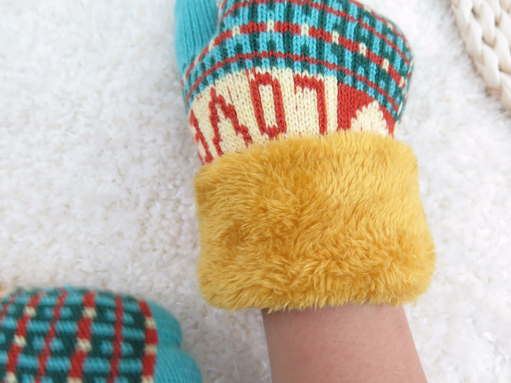Glv906 wholesale 10 15years Children keep warm winter font b gloves b font Jacquard double thickening