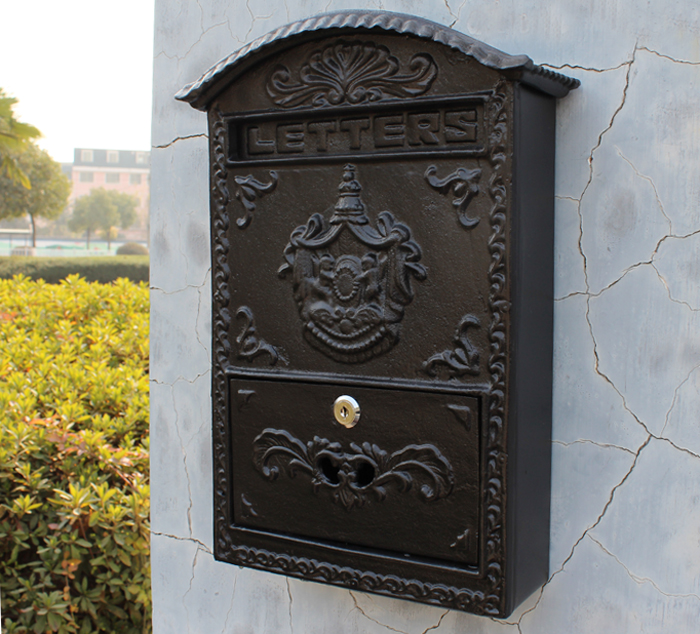 Cast Iron Mailbox Outdoor Post Mailbox Wall Mount Decorative Letter