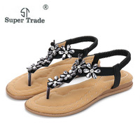 2018 New Women Sandals Summer Shoes Amoi Diamond Sandals With Casual Women Flat Shoes Bohemian Flowers Clip Toe Sandals