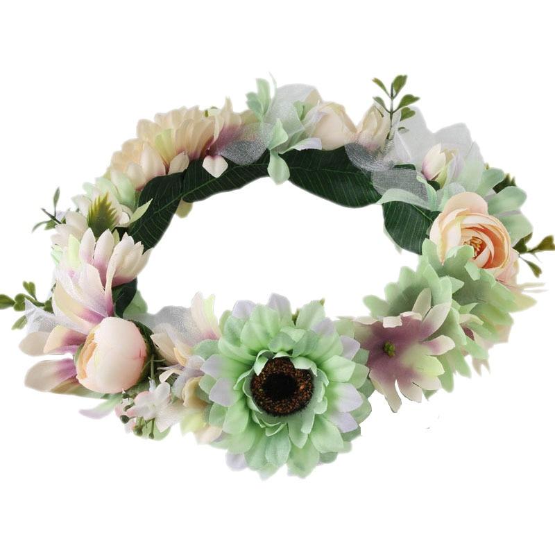 nuevo Estilo Boho Floral de la Flor Del Pelo de la Boda Coronas Pelo de La  Venda Band Mujer Tela Tocado nupcial accesorios para el cabello 18cc0bfb09b0