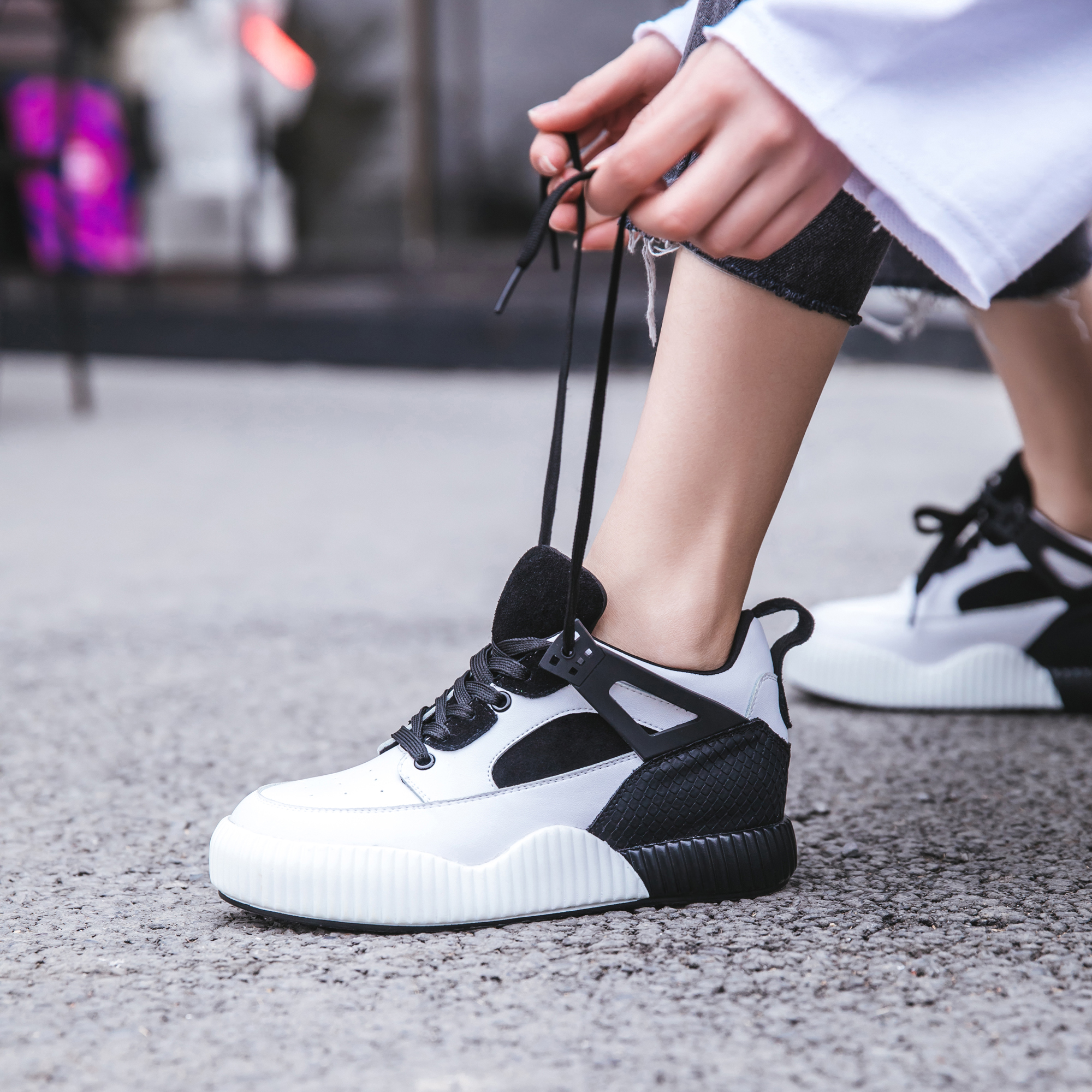 2018 NEW Women's Sneakers Pink Black Lace Up Leather Women Casual Shoes Zapatillas Deportivas Mujer Casual 35-42 3cm цены онлайн