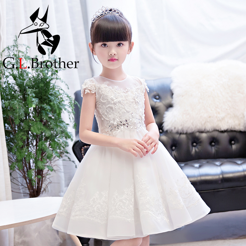 White Ball Gown Princess Dress Birthday Party Short Sleeve Lace Crystal Appliques Flower Girl Dresses Wedding Kids Pageant Dress new flower girl dress white ball gown kids pageant dress wedding appliques girls party dress birthday princess dresses aa202