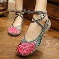 Nova Chegada Sapatos Velhos Pequim Sapatos de Salto Plana das Mulheres com Bordados Étnicos Sapatos Casuais Sola Macia Sapatos de Dança Tamanho