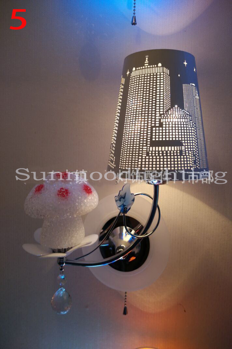 2016 Hot sale  LED Wall Iron exquisite creative wrought iron openwork lampshade bedroom den aisle LED Wall lamp hot sale fashion hot sale coconut palm iron wall hanging basket