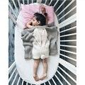 105*75 Manta de Bebé Blanco Rosado Lindo Conejo Gris Para La Cama sofá manta De Lana Cobertores Colcha Mantas Toallas de Baño Alfombra de Juego regalo