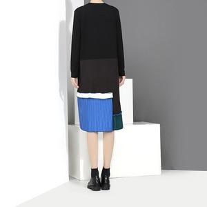 Image 5 - [EAM] 2020 New Spring  Summer Round Neck Long Sleeve Black Hem Blue Pleated Stitching Loose Dress Women Fashion Tide JH442