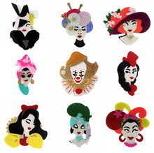 SexeMara New Exaggerate Acrylic Girl Brooch For Women Girls Clown Princess Pins Lapel Badges Bag Decorations Party Jewelry sexemara new fashion acrylic ethnic girl brooch badge colorful exaggerate headwear personality figure brooch pins for women gift