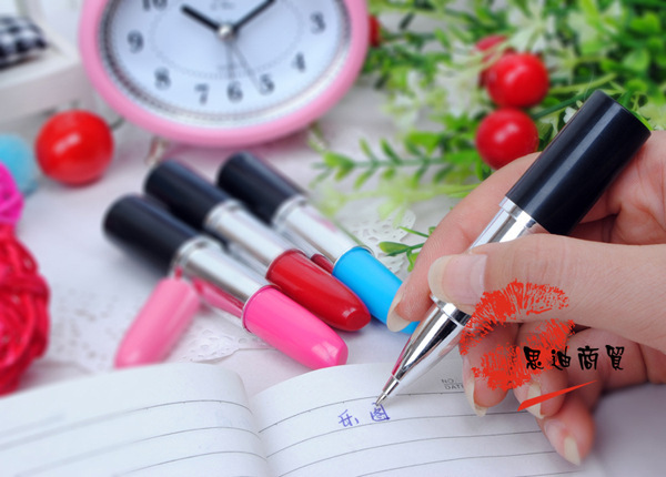 Lipstick style pen