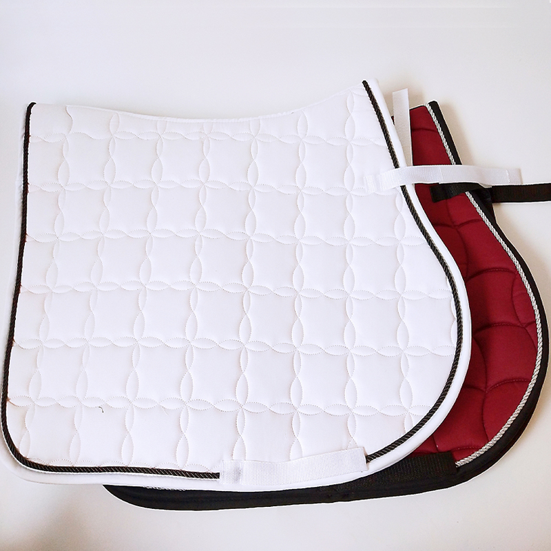 The Saddle Cushion Is White And Shockproof Saddle  Pad Sweat Hair Thickening Drawer White Saddle Horse Harness(China)