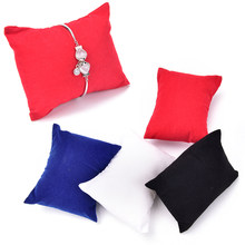 5 Pcs/lot Hot Bantal Display untuk Perhiasan dan Aksesoris Pemegang Display Gelang Bantal 4 Warna(China)