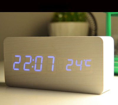 Livraison gratuite véritable horloge en bois LED voix lumineuse muet électronique température réveil cadeaux créatifs - 4