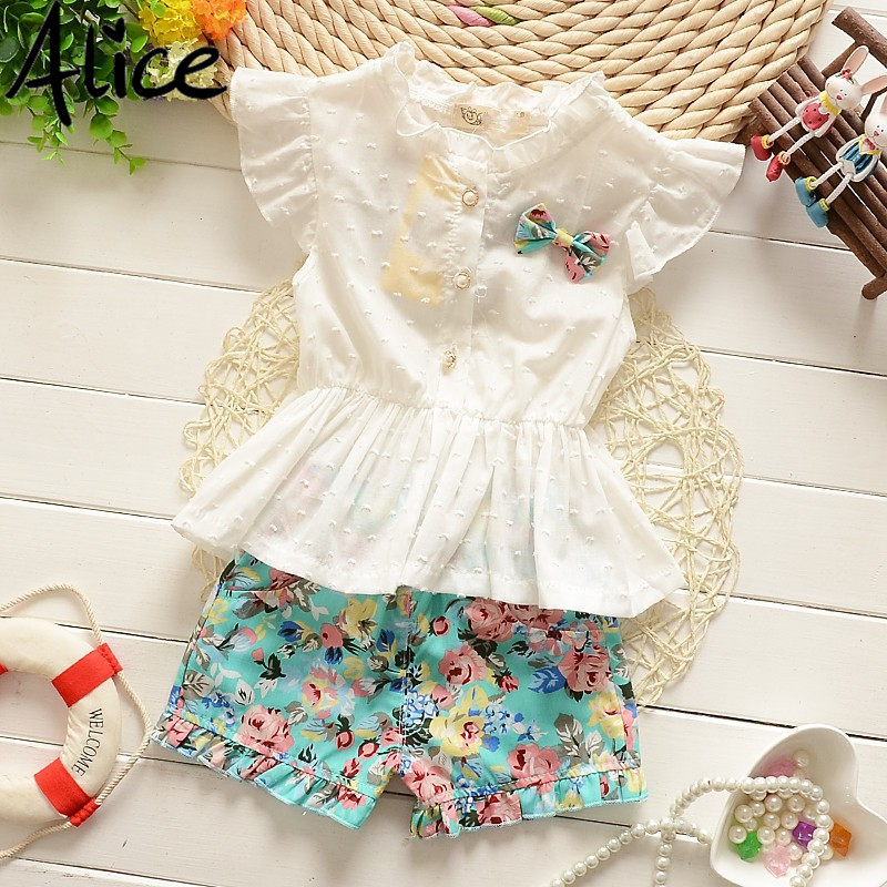 2016 Summer baby girls t-shirt + pants suit lace Chiffon Floral girls cotton suit baby princess set Short-sleeved shorts Flowers