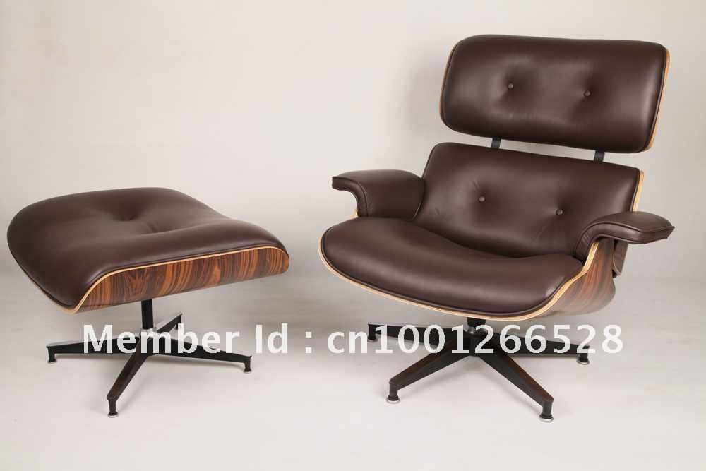 Awe Inspiring Leather Eames Lounge Chair With Ottoman In Hotelstoel Van Short Links Chair Design For Home Short Linksinfo
