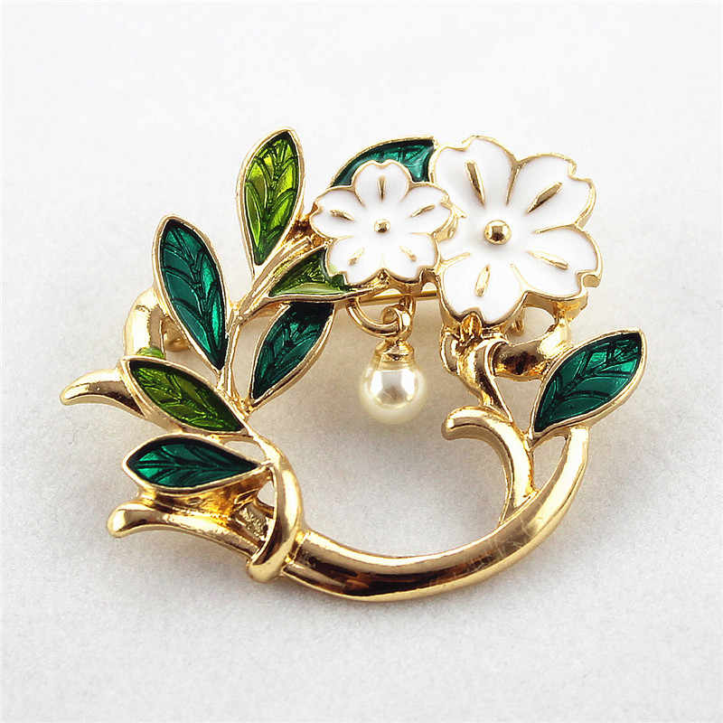 XQ Free shipping Fashion new drop glaze flower olive green pearl brooches The new unique popular banquet